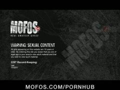 Porno: Köhnə Qız, Latınamerikalı, Yeniyetmə, Yeniyetmə