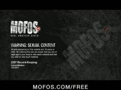 Porno: Grupinis, Realybė, Krūtys, Natūralūs Papai