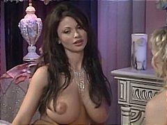 Porno: Böyük Döşlər, Xalaşka, Alt Paltarı