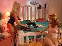 Порно: Лесбійки, Блондинки, Летекс, Фетіш