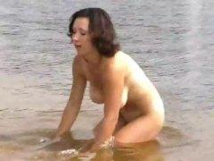 Porno: Tetona, Divertido , Desnudas, Playa