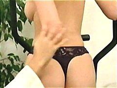 Porn: आकर्षक महिला, बड़े स्तन, भयंकर चुदाई