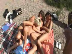 Порно: Грудасті, Сексуальні Матусі, Жінки, Пляж