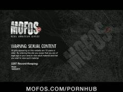 pornhub ստիպելով