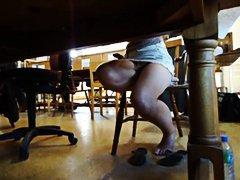 Pornići: Tinejdžeri, Tinejdžeri, Pod Ženskom Suknjom