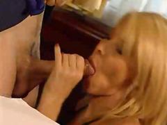 Porn: वीर्य निकालना, अंदरुनी कपड़े