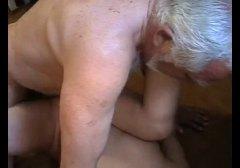 Porno: Plekšnojimas, Vyrai, Paaugliai, Kambarinės