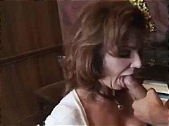 جنس: متصابيات, نيك قوى, أمهات, نهود كبيرة