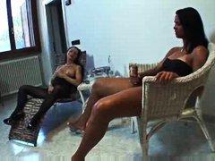 Porno: Dones Amb Cigala