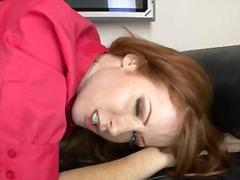 Porno: Qırmızıbaş, Sifətə Tökmək