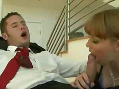 پورن: لوسیون صورت, مهبل, منی پاش, موقرمز