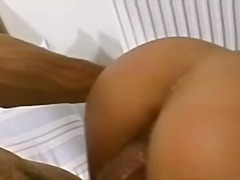 Porno: Vajzat, Kari, Bardhoket