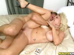 Porno: Masturbācija, Blondīnes, Izskūtās, Mātes