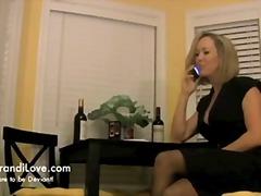 Porn: मिल्फ़, नौजवान मर्द संग, घरेलू महिला