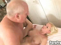 Porno: Gjokset, Qull E Tëra, Me Përvojë, Derdhja E Spermës