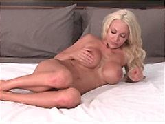 Porn: बड़े स्तन, अधेड़ औरत, बड़े स्तन