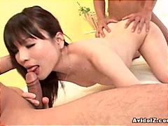 جنس: رجلان وامرأة, نهود صغيرة, يابانيات, يابانيات