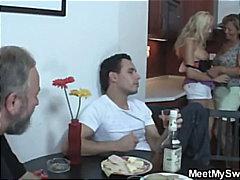 Porno: Yaşlı, Yeniyetmə, Qoca Nənə, Yeniyetmə