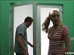Lucah: Lancapkan, Skodeng, Rambut Blonde, Realiti