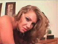 Porno: Böyük Döşlər, Kremli, Iri Döşlü, Sarışın