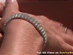 Porno: Kürən, Pornoulduz, Bikini, Çöldə