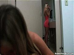 Porn: समलिंगी स्त्रियां, स्नान करते हुए