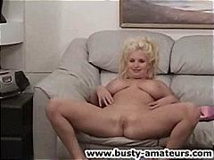 Porn: नकली लंड, खिलौना, सुनहरे बाल वाली
