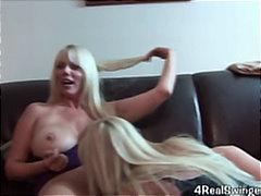 Porno: Lezbiket, Thithje, Bjondinat, Milf