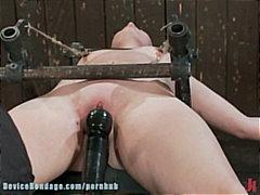 Porn: Ֆետիշ, Փոքր Ծիծիկներ, Վիբրատոր, Ստրուկ
