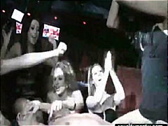 პორნო: ორგია, სექსაობა, წვეულება, მთვრალი