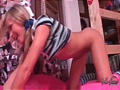 Porno: Dildo, Mazi Pupi, Ar Bizītēm, Meitenes