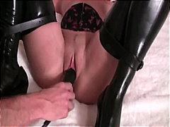 Porno: Vibrator, Fetiş, Dildo, Dəri Paltar