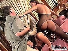 Порно: Орално, Брюнетки, Размяна, Гълтане