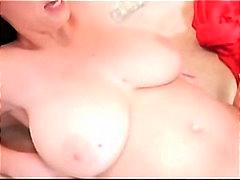 Porno: Milf, Tissit, Blondi, Pornotähti