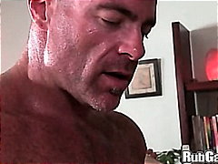 Porno: Olje, Bjørn, Håndjager, Barbert