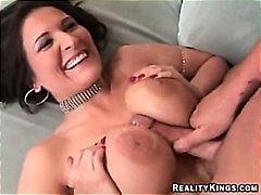 Porno: Gjokset, Derdhja E Spermës, Qull E Tëra, Striptizerka