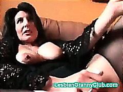 Porno: Madura, Abuelita , Juguetes, Consolador