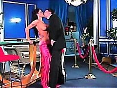 포르노: 리얼, 댄스, 브루넷, 유두