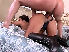 Porno: Çəkməli, Pornoulduz, Yəkə Göt, Alt Paltarı
