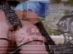 Порно: Мастурбација, Фетиш, Доминација, Лезбејки