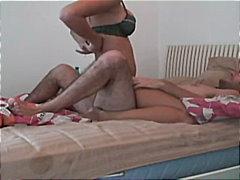 Pornići: Par, Pušenje, Kupaonica, Plavuša