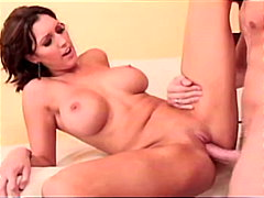 Porno: Izskūtās, Orālais Sekss, Ejakulēšana Pežā, Pupu Masturbēšana