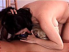 Porno: Grupinis Trise, Blondinės, Masturbacija, Oralinis Seksas