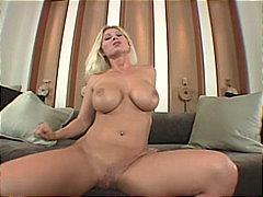 Porno: Pornozvaigznes, Pāri, Lieli Pupi, Orālais Sekss