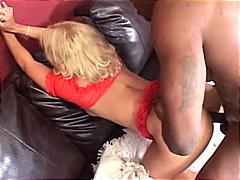 Porn: Medrasni Seks, Blondinka, Pobrita, Žensko Spodnje Perilo