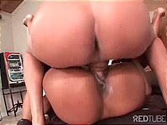 Porno: Melnādainās Meitenes, Izskūtās, Orālais Sekss, Masturbācija
