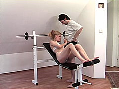 جنس: قاعة الرياضة, زوجان, بلع, مص
