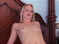 Porr: Små Bröst, Par, Creampie, Avsugning