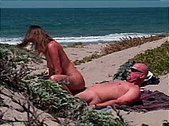 Pornići: Pušenje, Par, Brineta