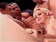 Porno: Deepthroat, Blond, Pornostar, Gangbang